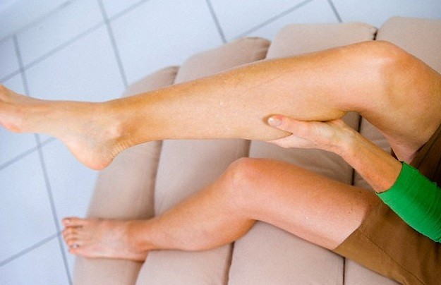 Nocturnal leg cramps causes